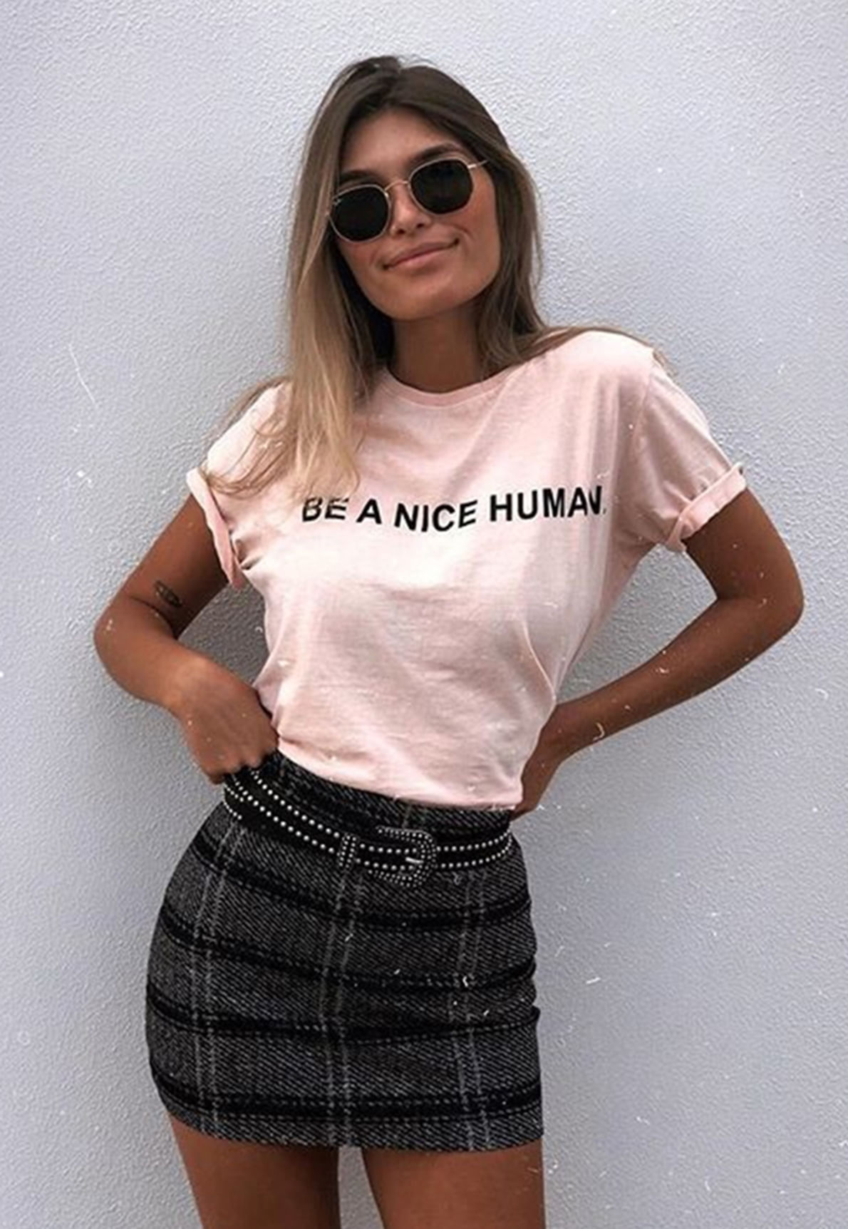 23299-t-shirt-be-a-nice-human-mundo-lolita-02