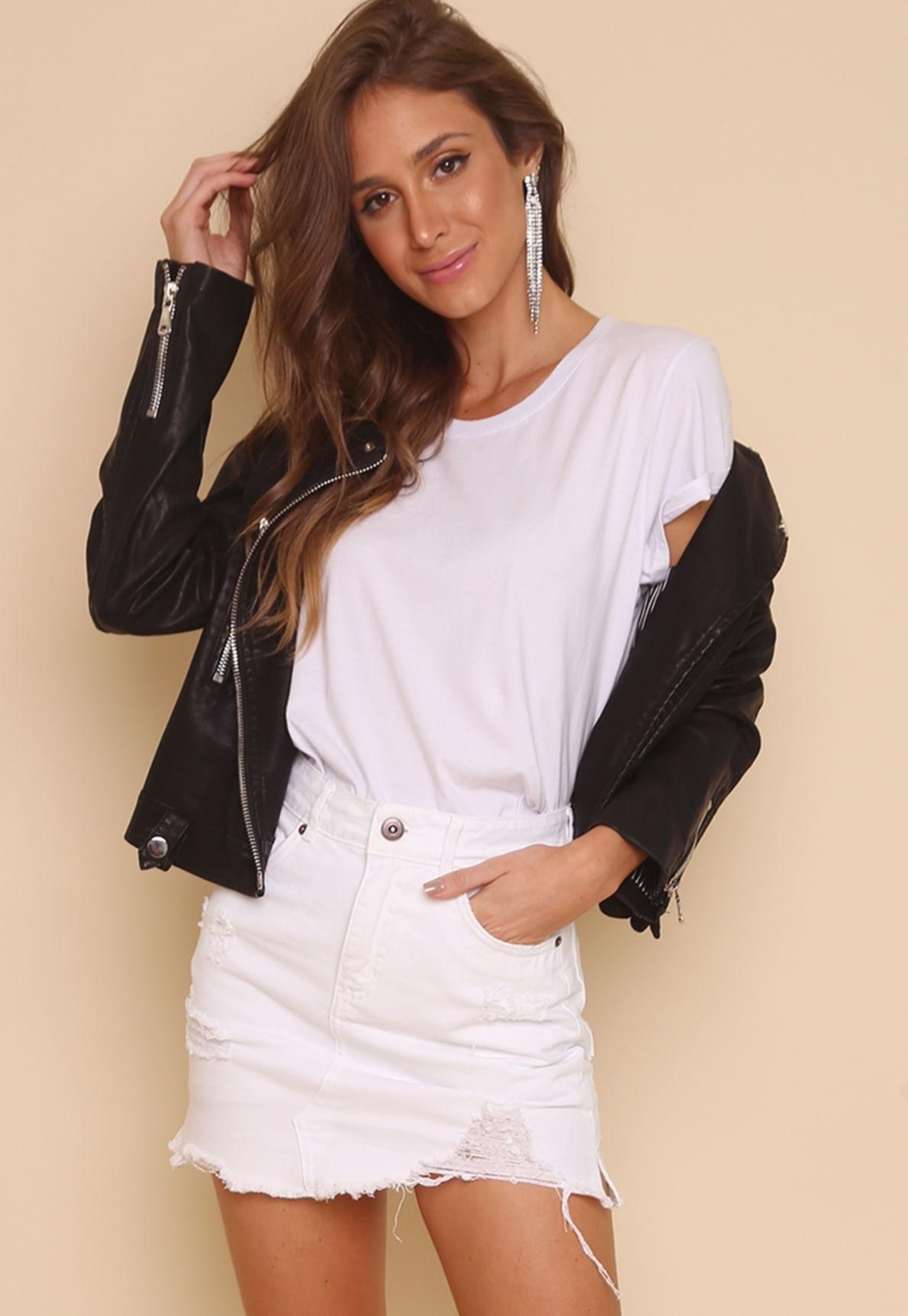 17709-t-shirt-basica-branca-lolita-pop-mundo-lolita-03
