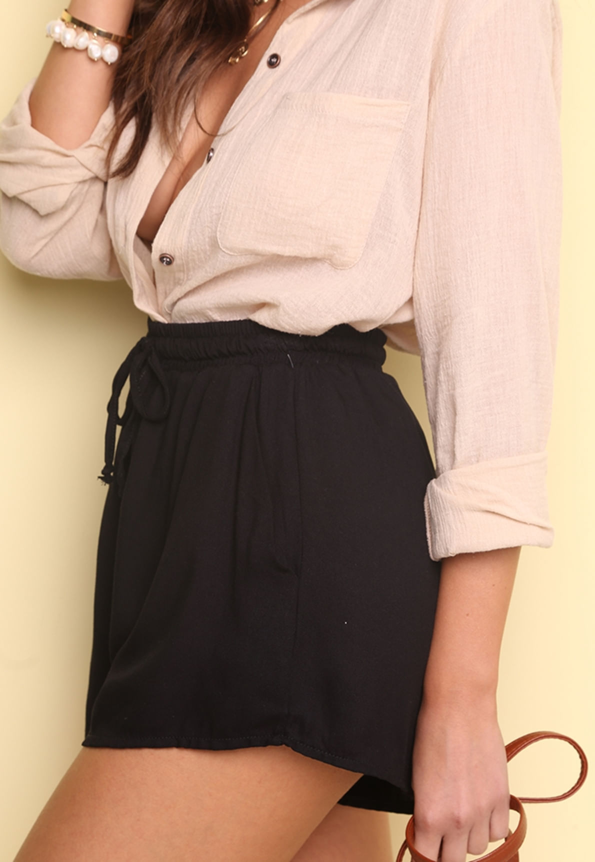29337-shorts-preto-soltinho-caterina-mundo-lolita-03