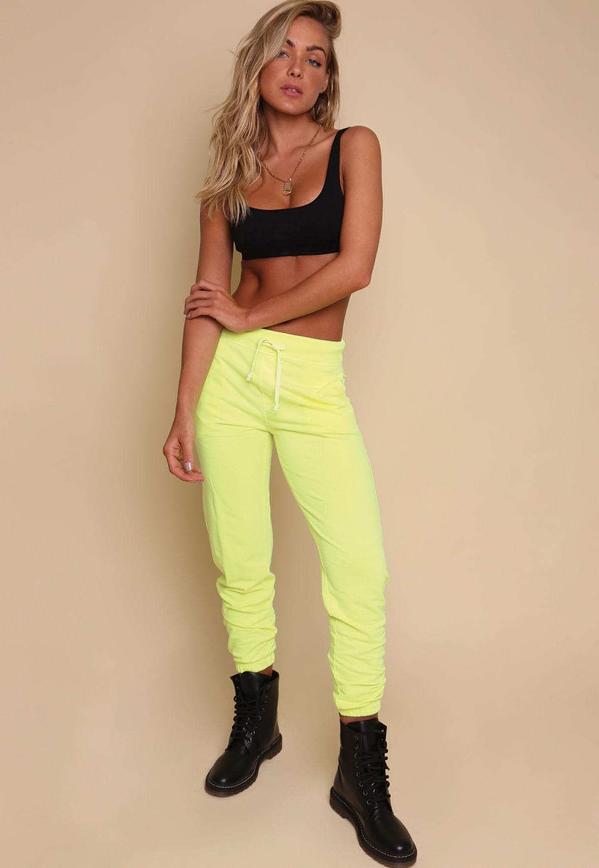 30436-calca-moletom-amarelo-neon-dottie-mundo-lolita-02
