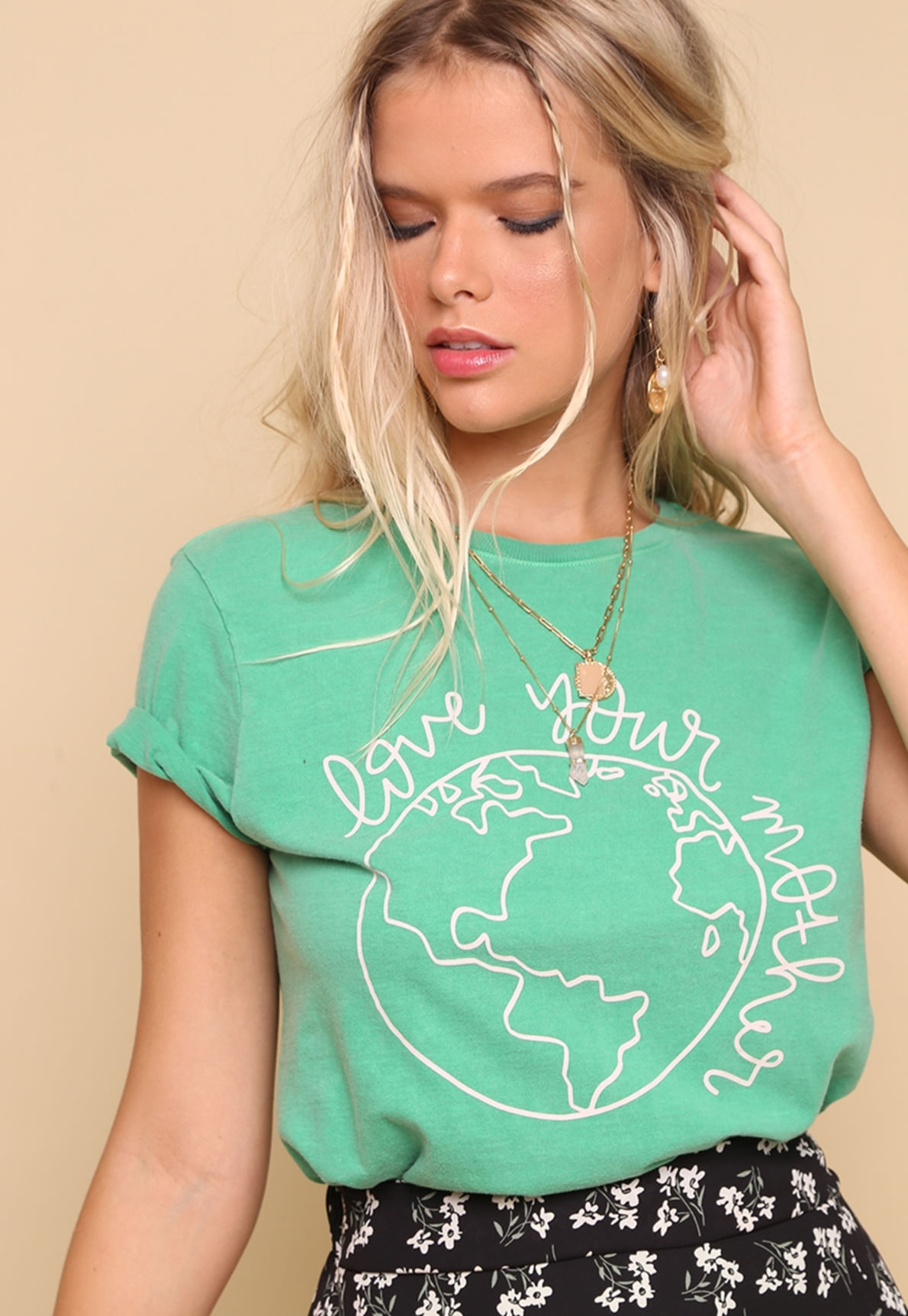 30357-tshirt-mother-earth-mundo-lolita-01