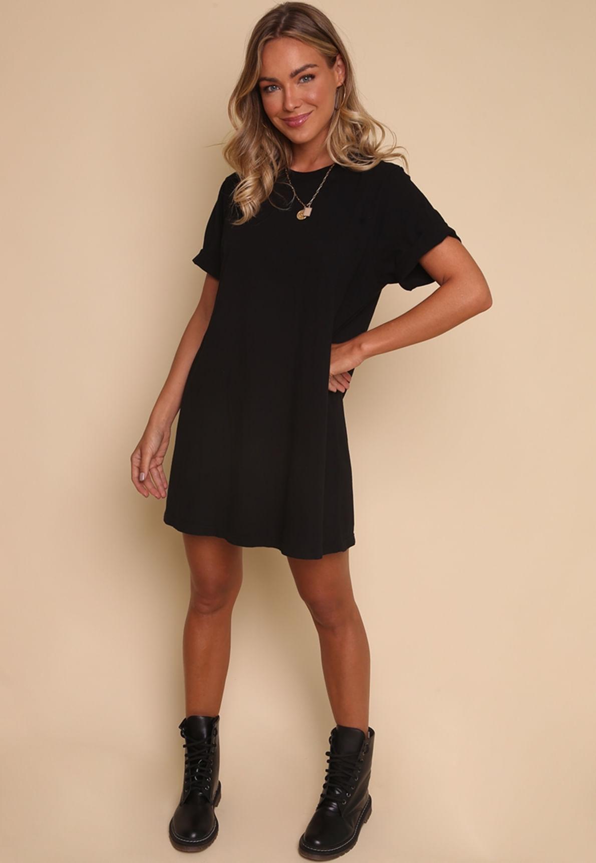 30104-vestido-camiset30104-vestido-camiseta-preto-california-days-mundo-lolita-01a-preto-california-days-mundo-lolita-01