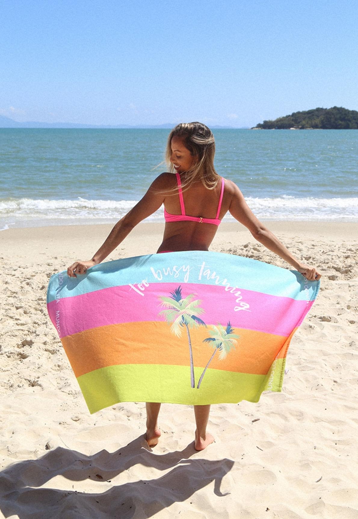 29905-toalha-de-praia-too-busy-tanning-01