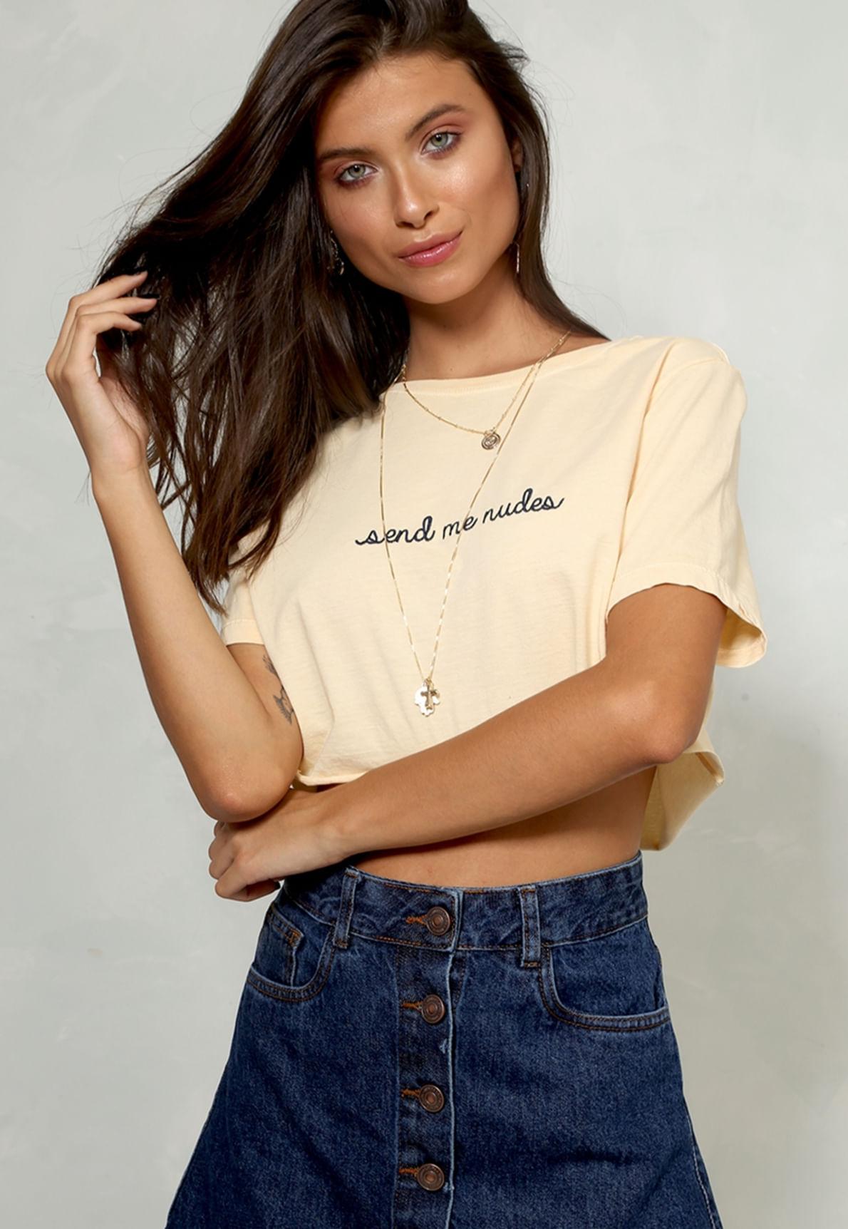 25724-t-shirt-send-me-nudes-mundo-lolita-01