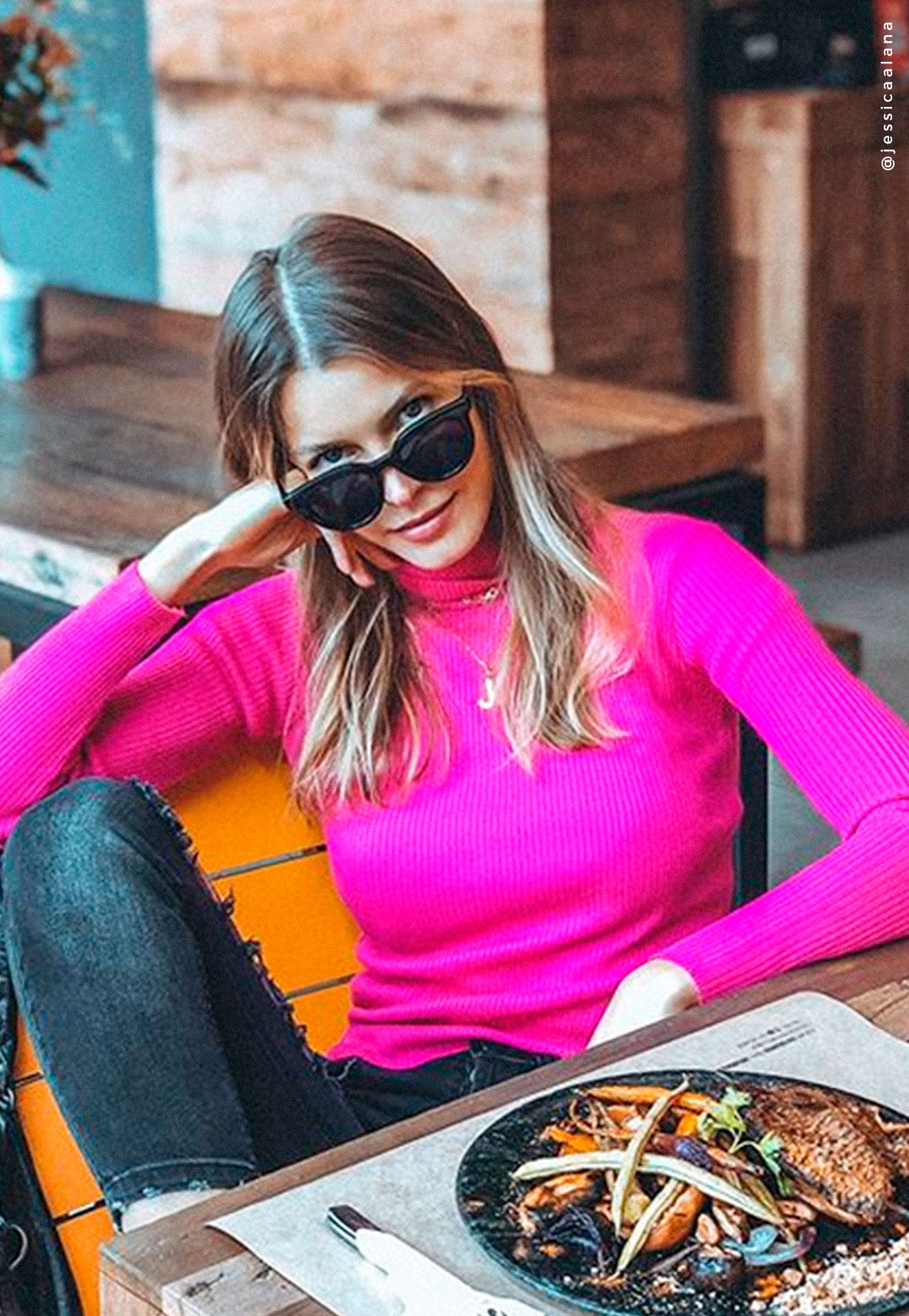25978-blusa-de-trico-rosa-paola-mundo-lolita-11