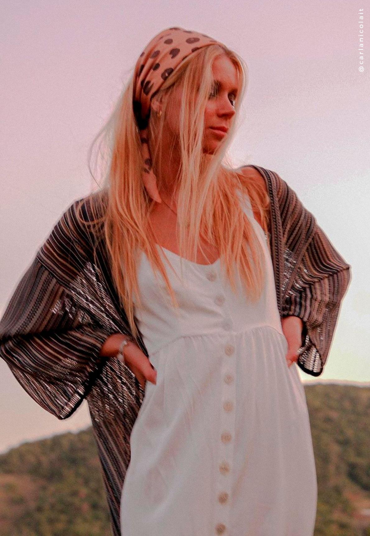 30772-vestido-longo-botoes-branco-amber-mundo-lolita-06