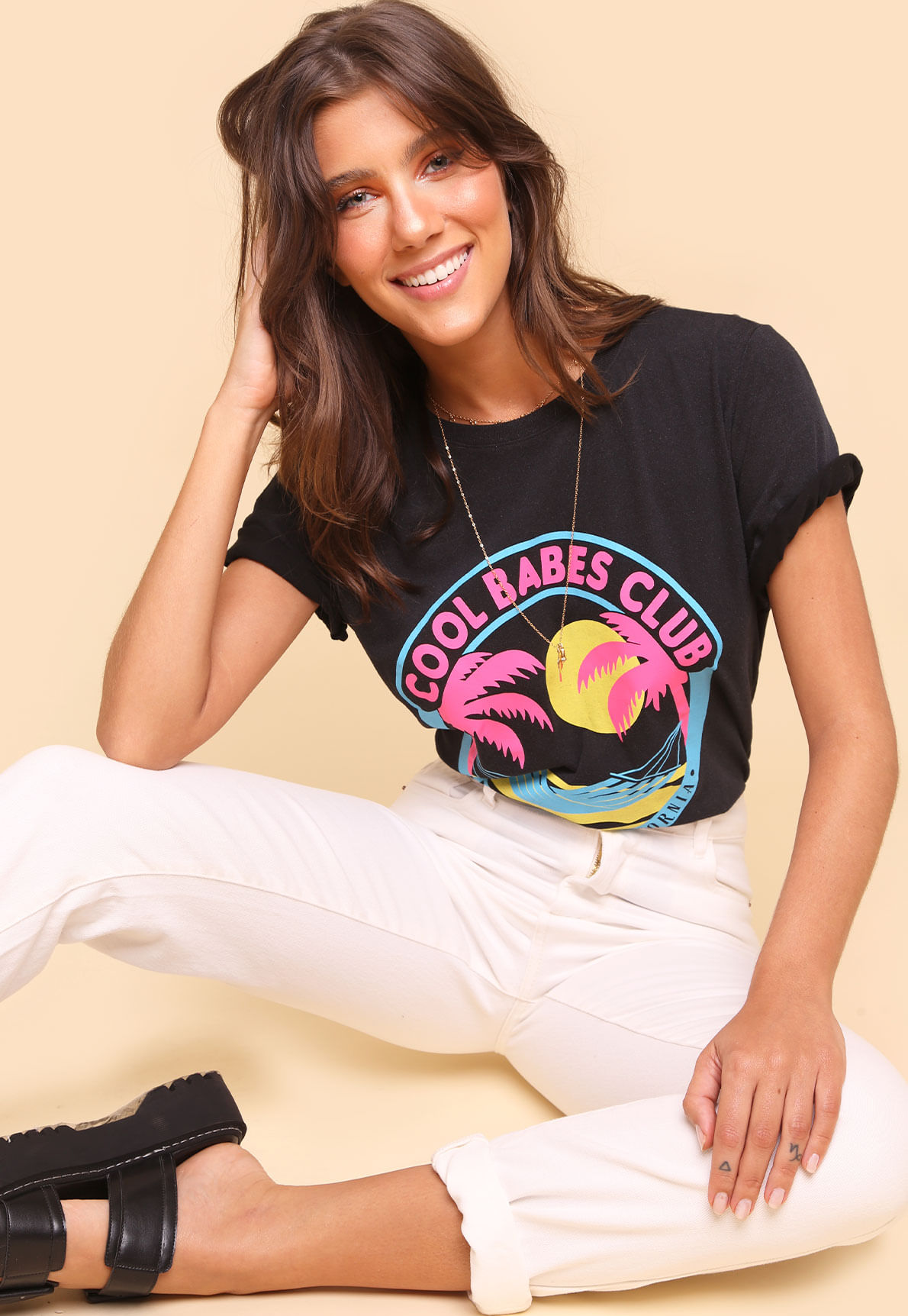 31904-tee-cool-babes-club-01